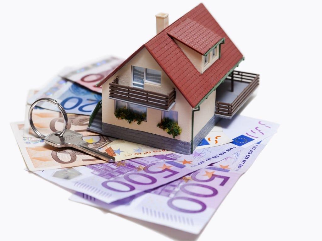 cr dit immobilier les taux continuent de baisser en mai 2018 immobilier ile maurice. Black Bedroom Furniture Sets. Home Design Ideas
