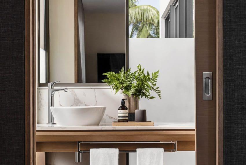 SHOW VILLA PICS Guest Bathroom